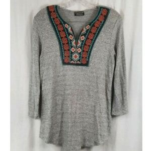 Papermoon Stitch Fix Gray Embroidered Top M